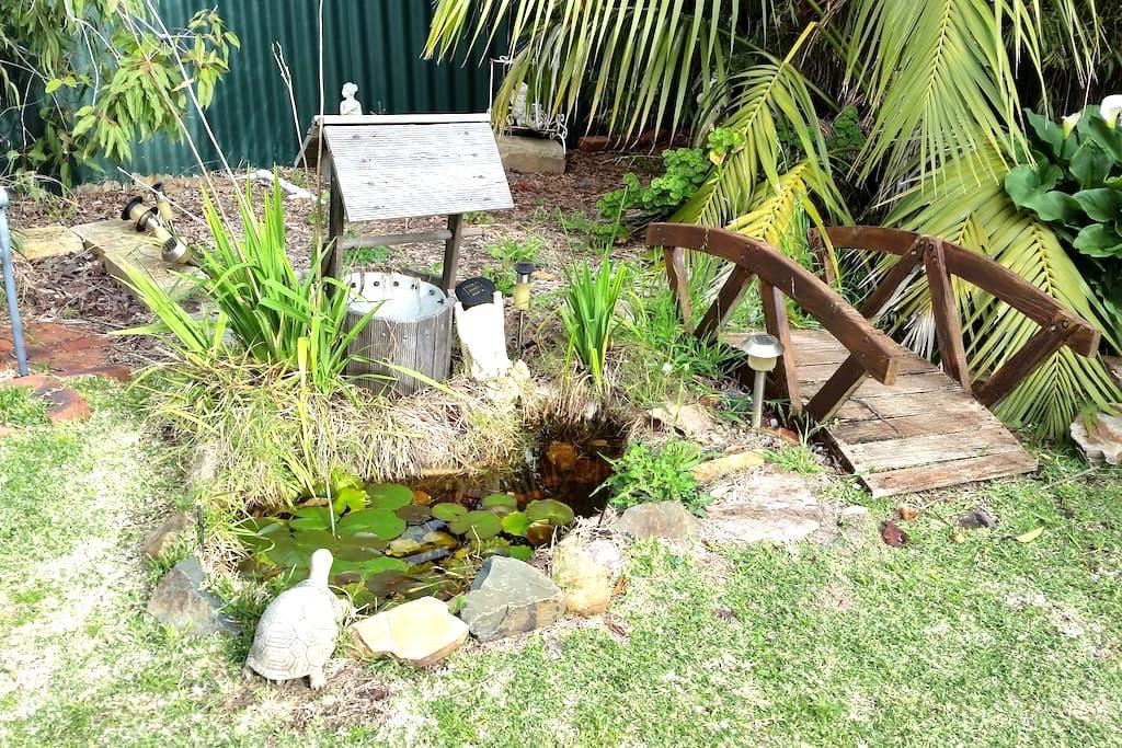 Spacious Garden Apartment Near Park - Dianella, Perth - Appartement