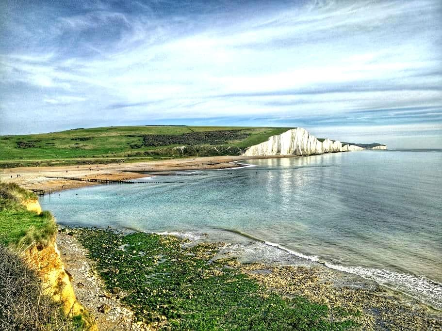 Warm and cosy room nr seafront. - Seaford - Дом