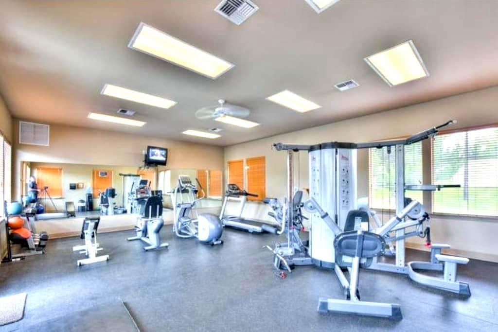 Fully Furnished Apartments - Spokane Valley - Leilighet