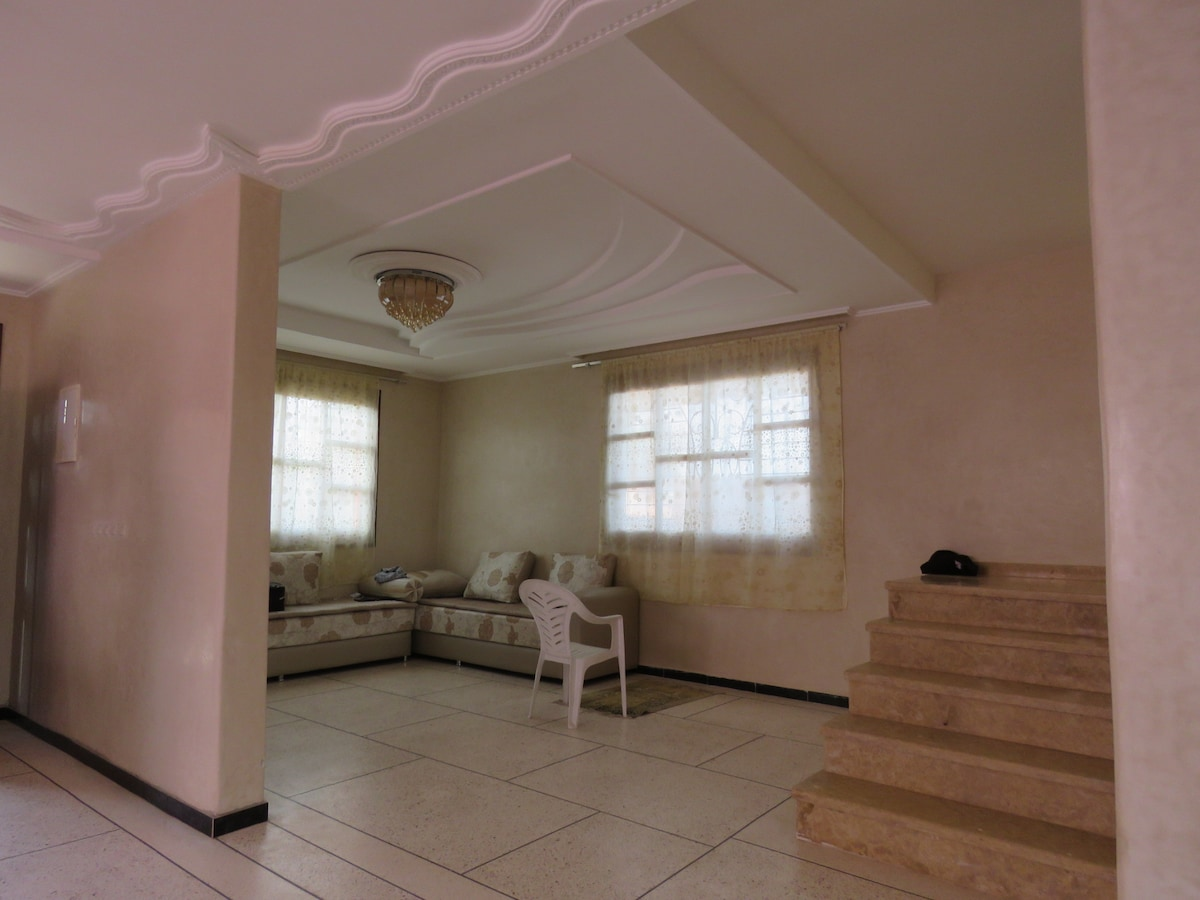Grande Maison Avec Piscine - Villas For Rent In Tifnit Beach,  Souss-Massa-Draa, Morocco