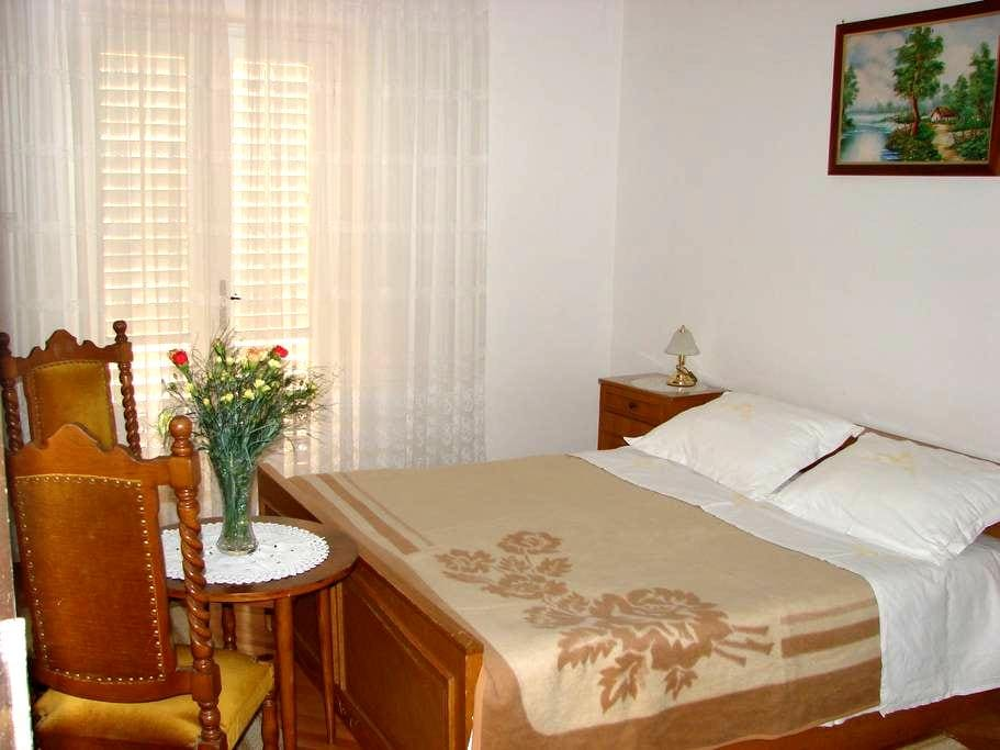 Superb spot near Old Town and Port - Dubrovnik - Bed & Breakfast