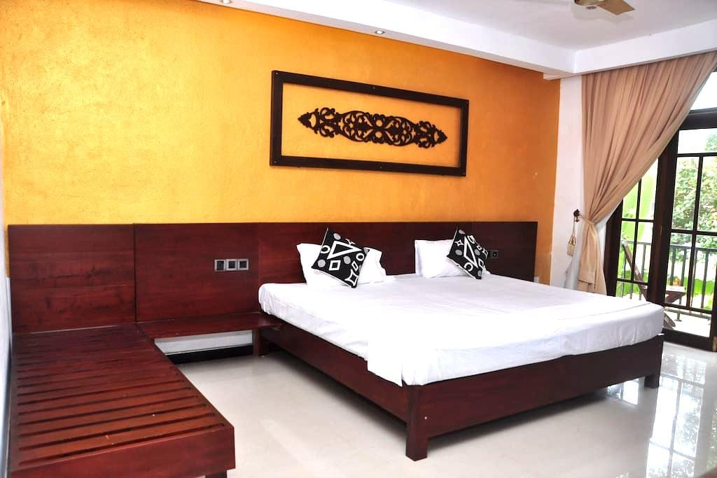 Anne Residence Canal View - Negombo - Ev