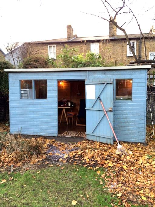 Central London Garden Cabin - Londra - Chalet