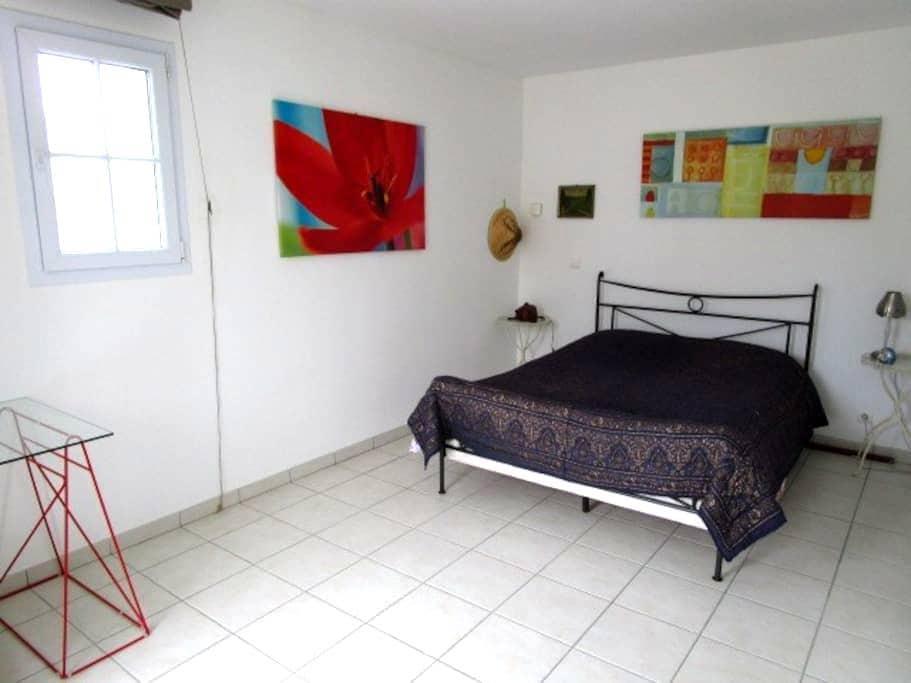 Charming room 35 minutes of Puy du Fou - La Caillère-Saint-Hilaire - Дом