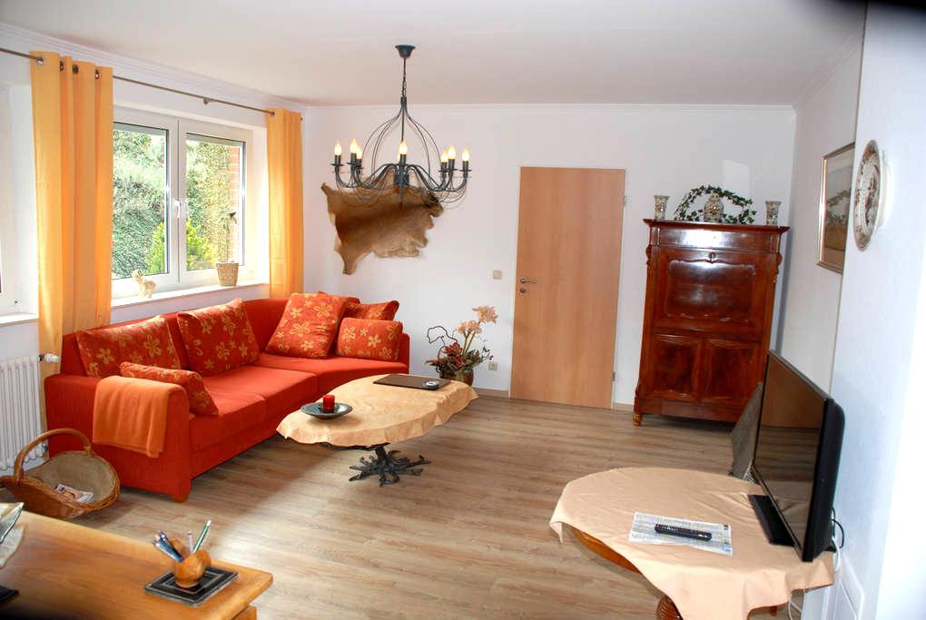 Wohlfühlapartment m. eigen. Zugang in Minden - Minden - House