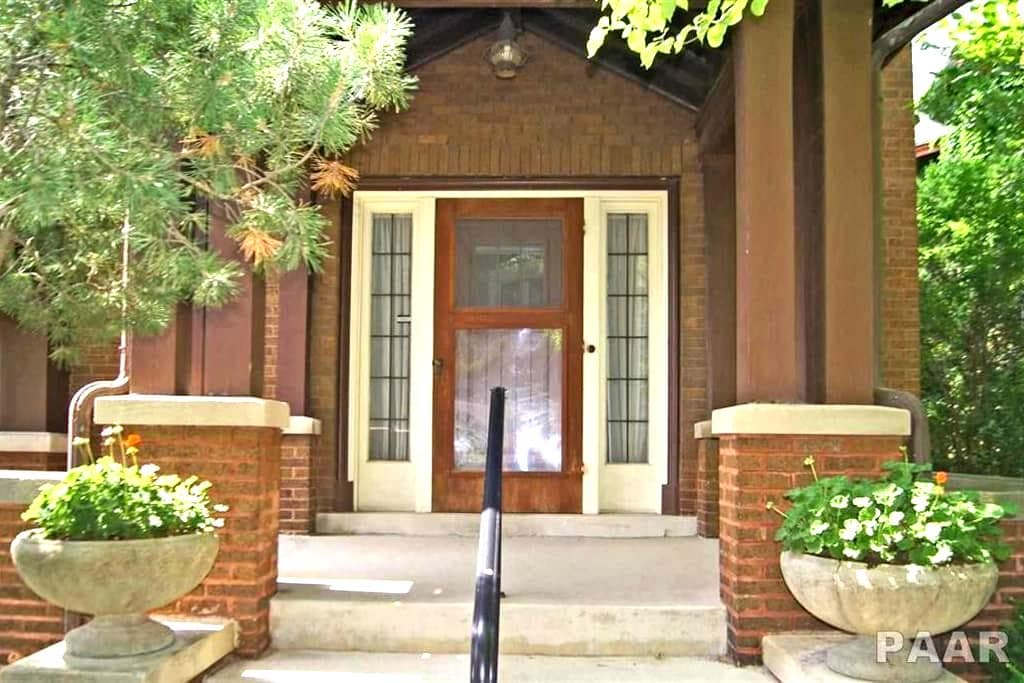 Newly renovated, centrally located Historic home - Peoria - Hus