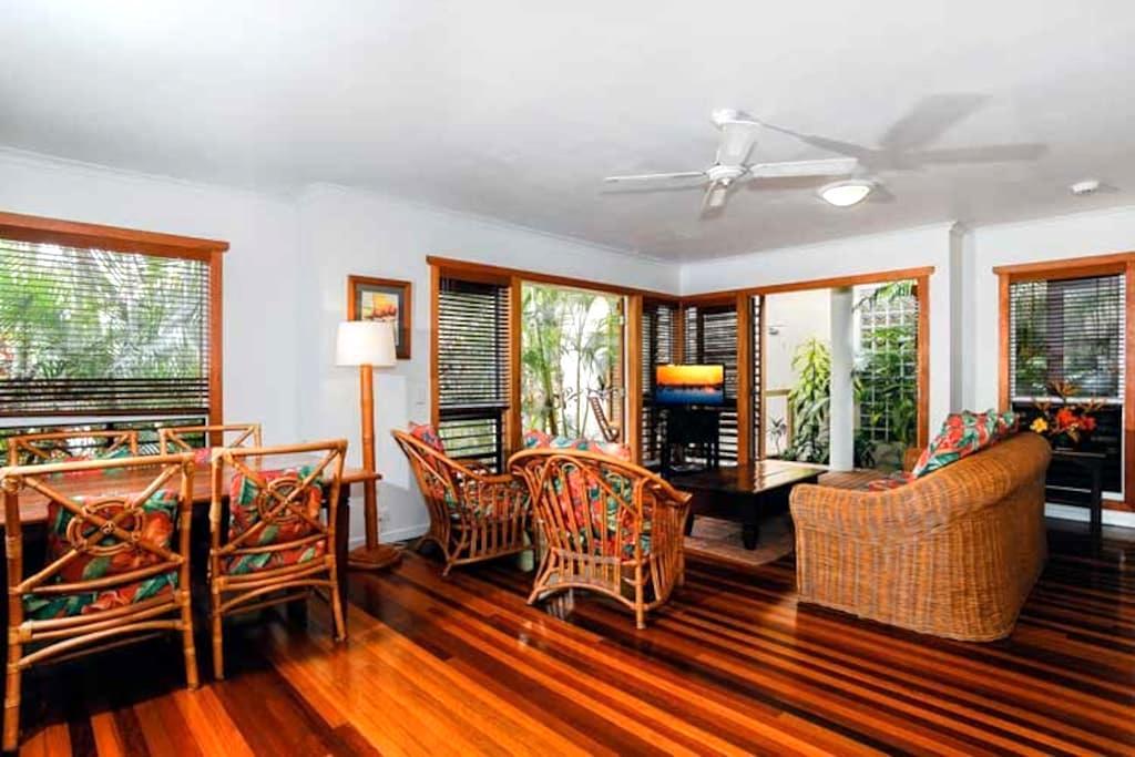 NOOSA - 2 brm Luxury Unit in Resort - Noosaville - Villa
