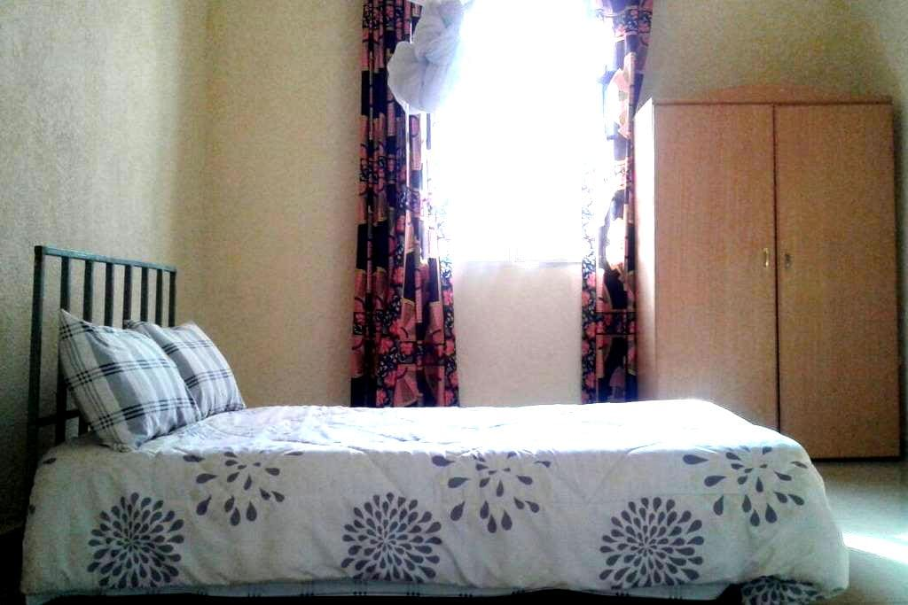 A simple nice room in a quite place - Kigali