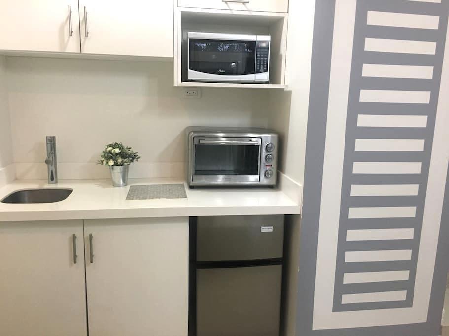 $650p month, $250 p week, one bedroom, new, modern - San Jose - Appartement
