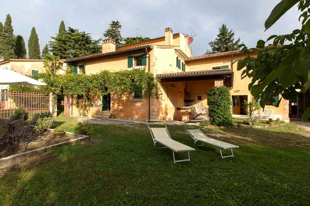 Staying in Valpolicella - Pescantina
