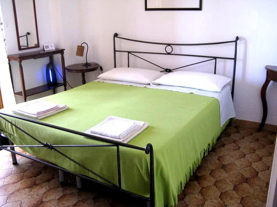 Aloe B&B  Singola o doppia Mexicano - Alghero - Bed & Breakfast
