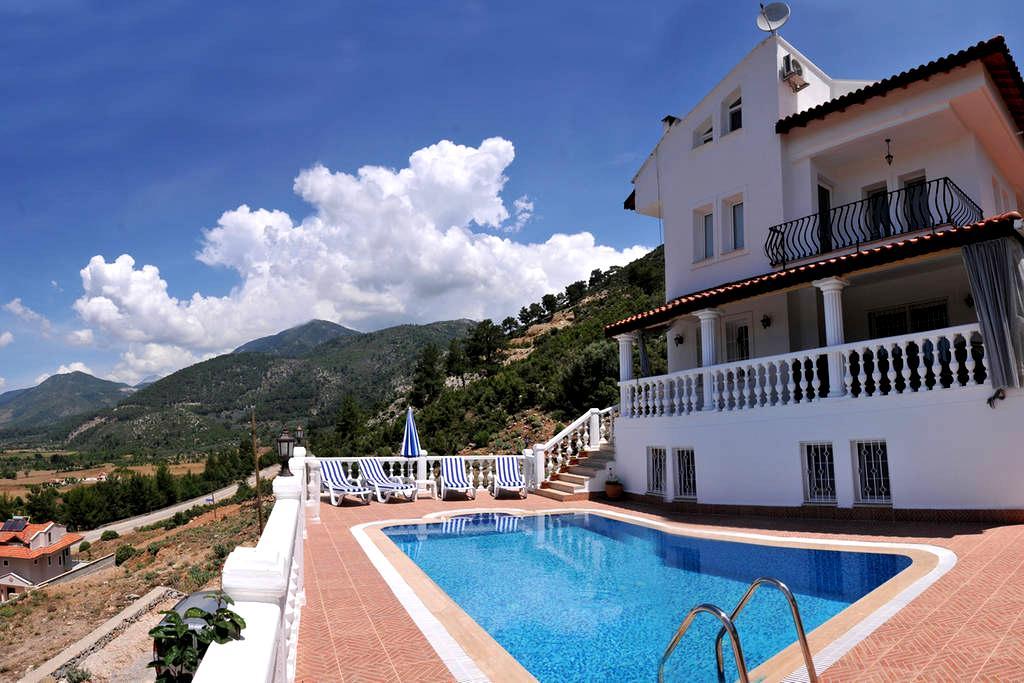 Villa Yasemin 1 (Sleeps 16 ) - Fethiye
