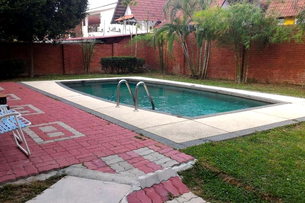 Luxury 3room villa A Famosa resort - ALOR GAJAH - Haus