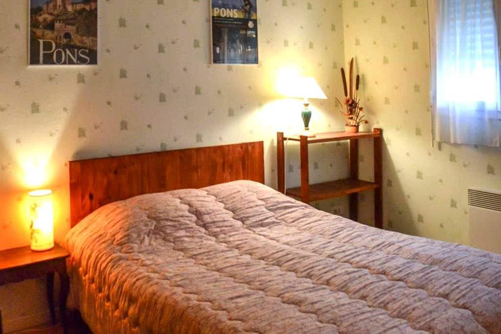 Chambre chez l'habitant - Pons - Huis