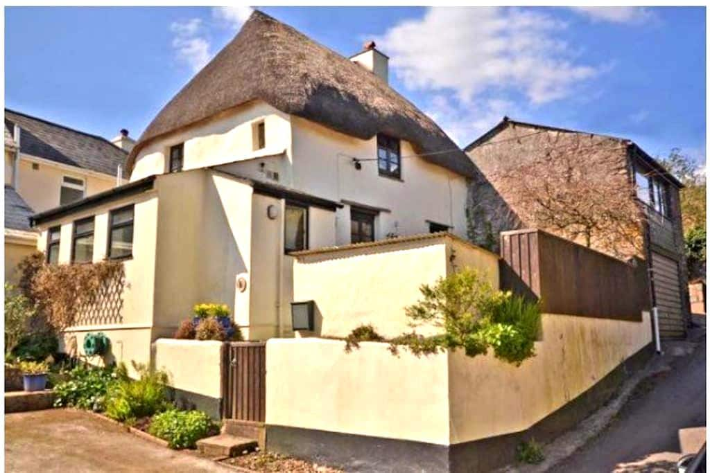Grade2 listed Thatched Cottage - Stokenham
