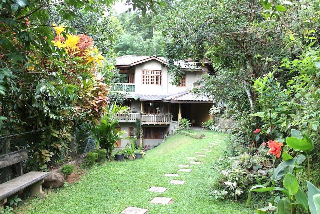 Kadugannawa Homestay, Kandy. TwinRooms - Kandy - Bungalow