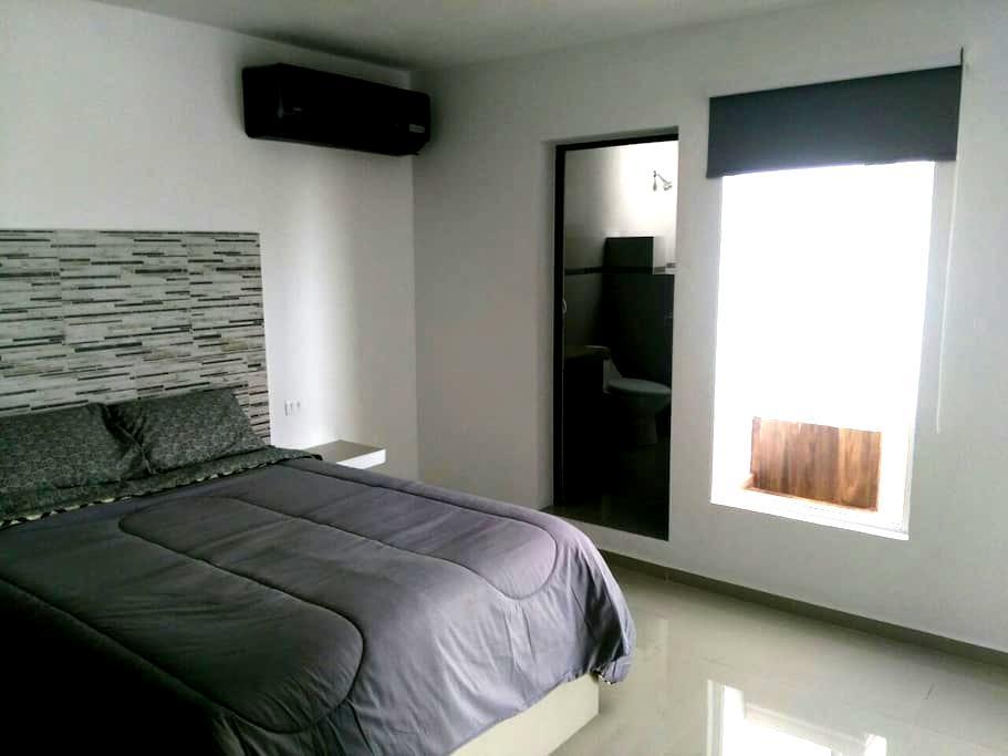 Beatiful luxury studio and  private pool  sleeps 2 - Cancún - Departamento