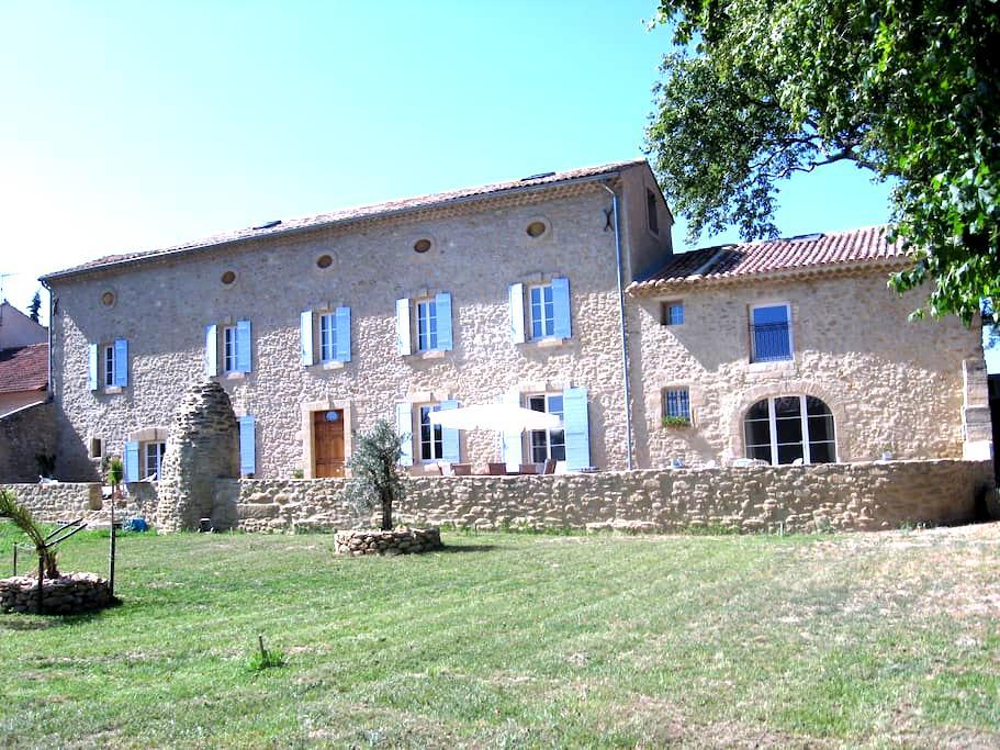 chambre en Provence - Courthézon
