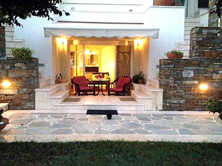 Lovely apartment near Thessaloniki Airport - Ano Scholari
