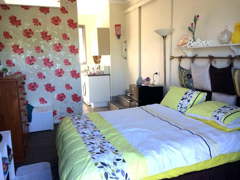 Accommodation 4 two - Near Beach - Kingscliff - วิลล่า