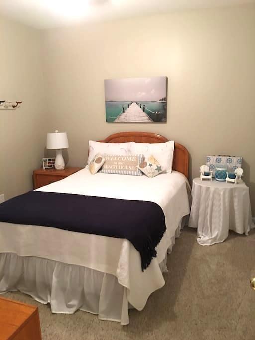 Sweet Maddi's Beach Room - Woodstock - House