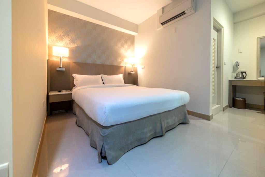 嘉義.憩: 雙人浪漫美房(602) A romantic room for two - West District - Casa