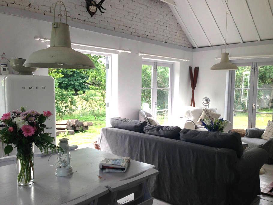 Luxury Cottage, Aldeburgh, Suffolk - Friston
