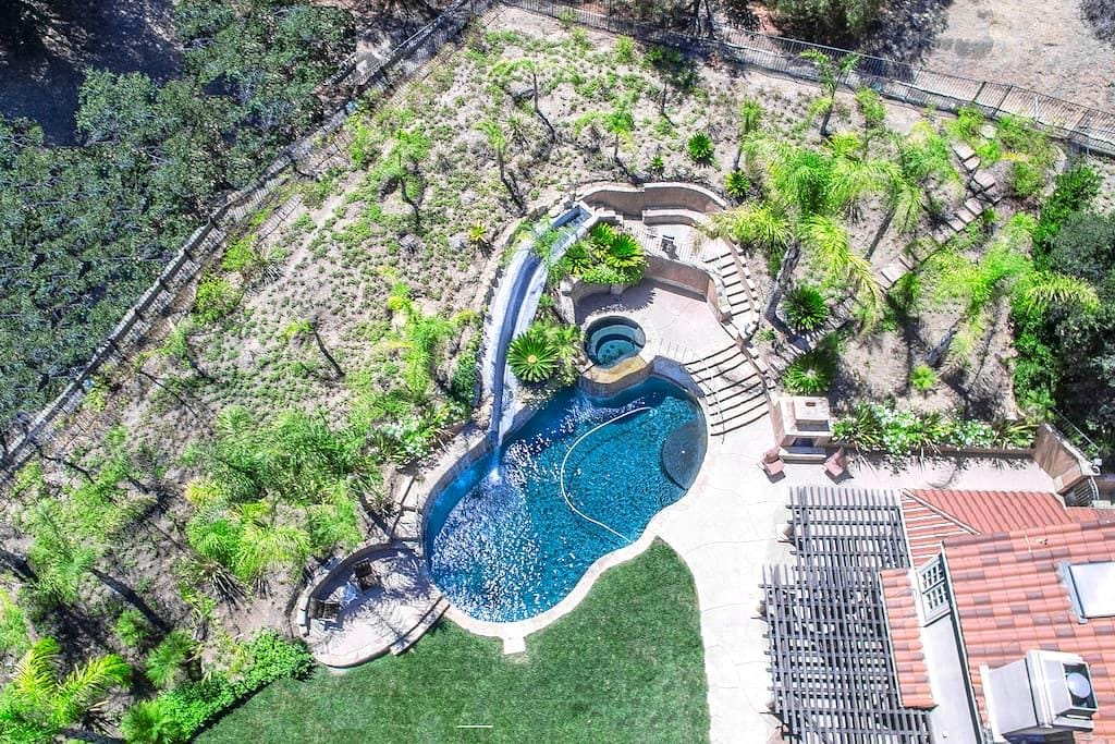 """The """"WOW"""" Factor! You can entertain all day! - Westlake Village"""