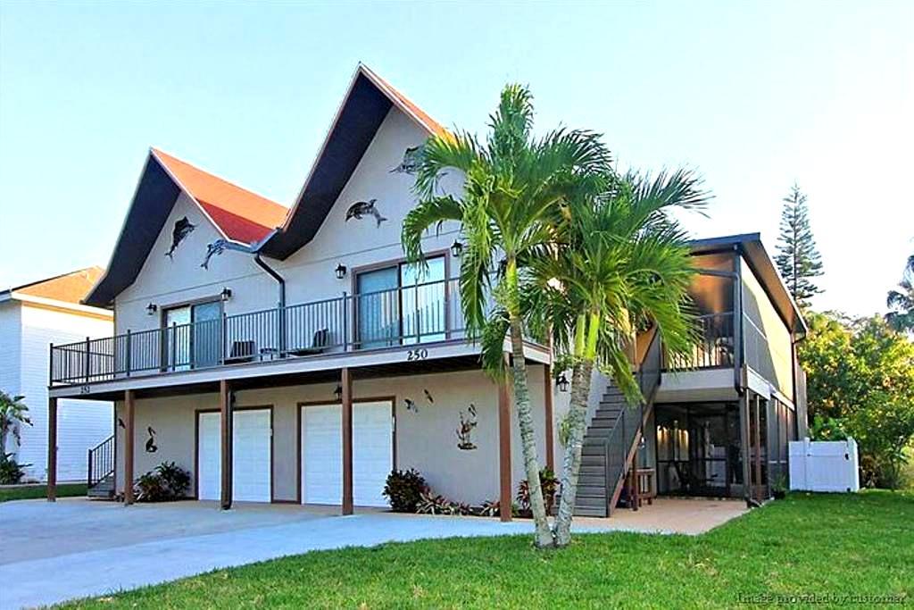 justbeachvacation - Fort Myers Beach