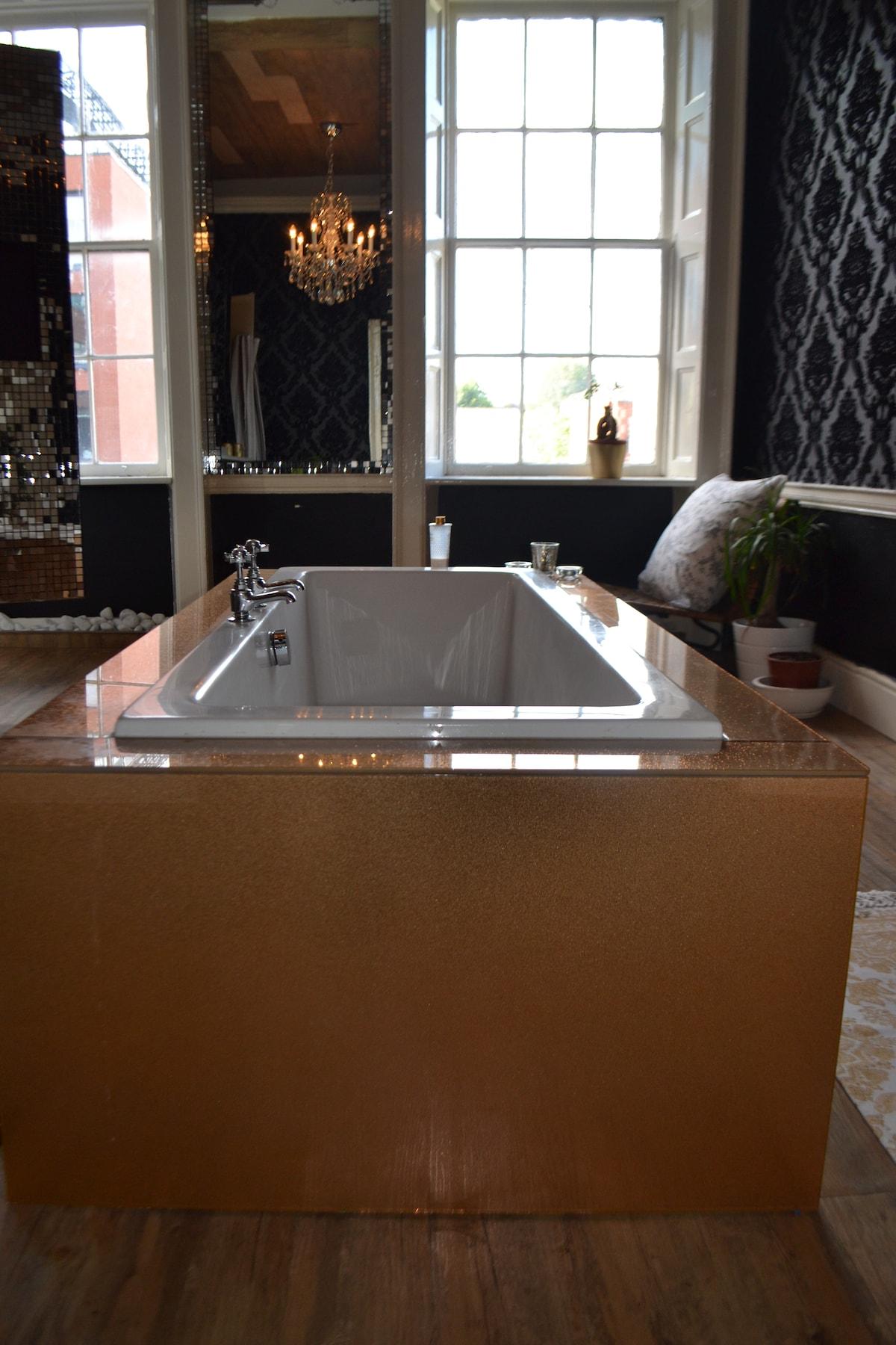 Golden bath with big pressure