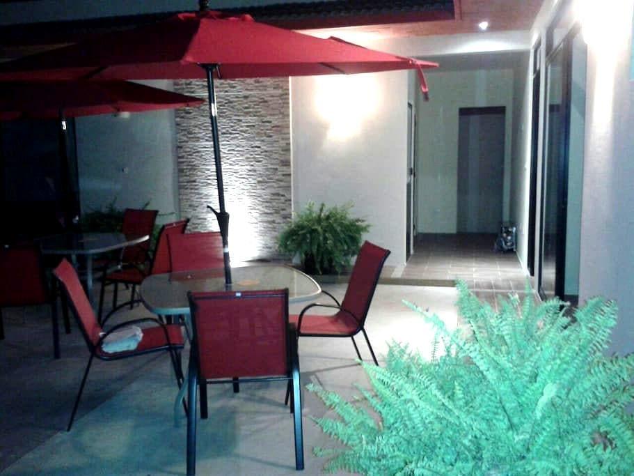 Bungalows 15 min del centro - San Sabastian Tutla - Casa