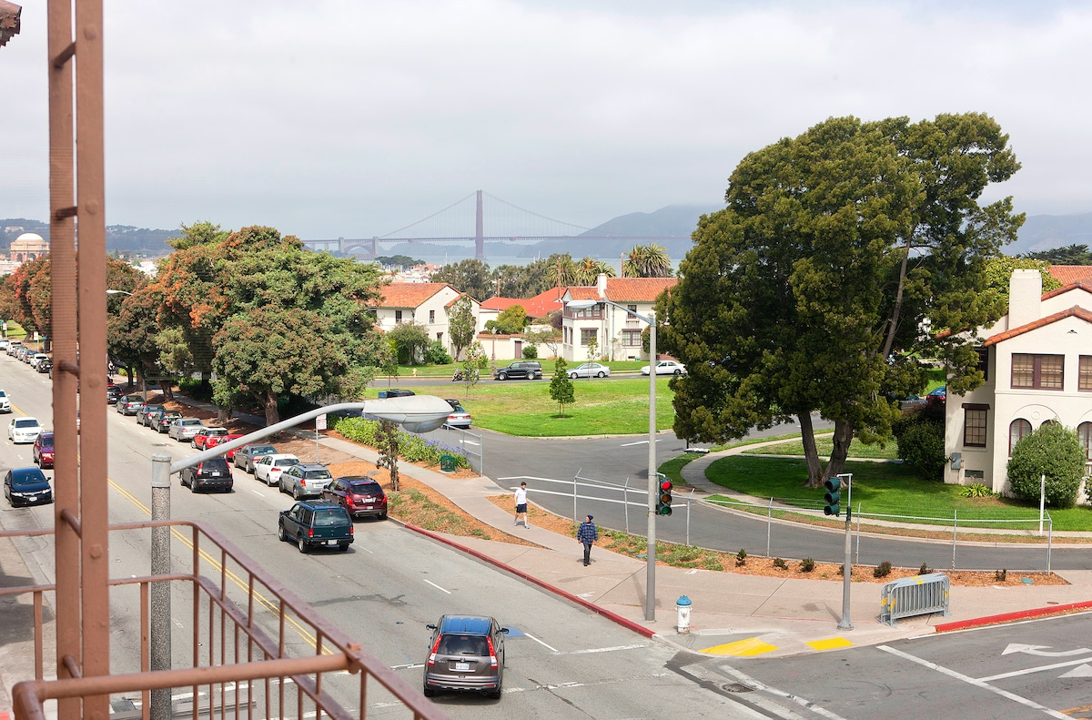View of Golden Gate Bridge and Fort Mason from dining alcove bay window.