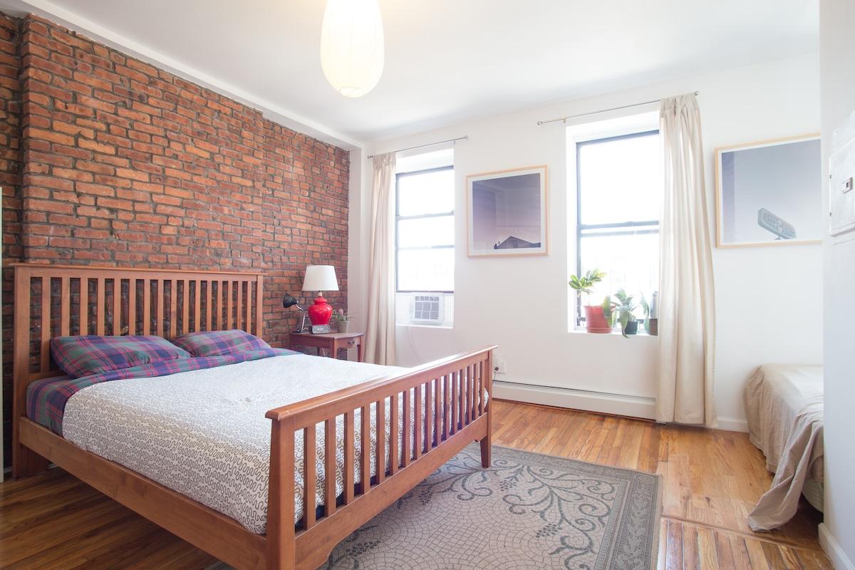 Spacious Room in Bedstuy/Bushwick