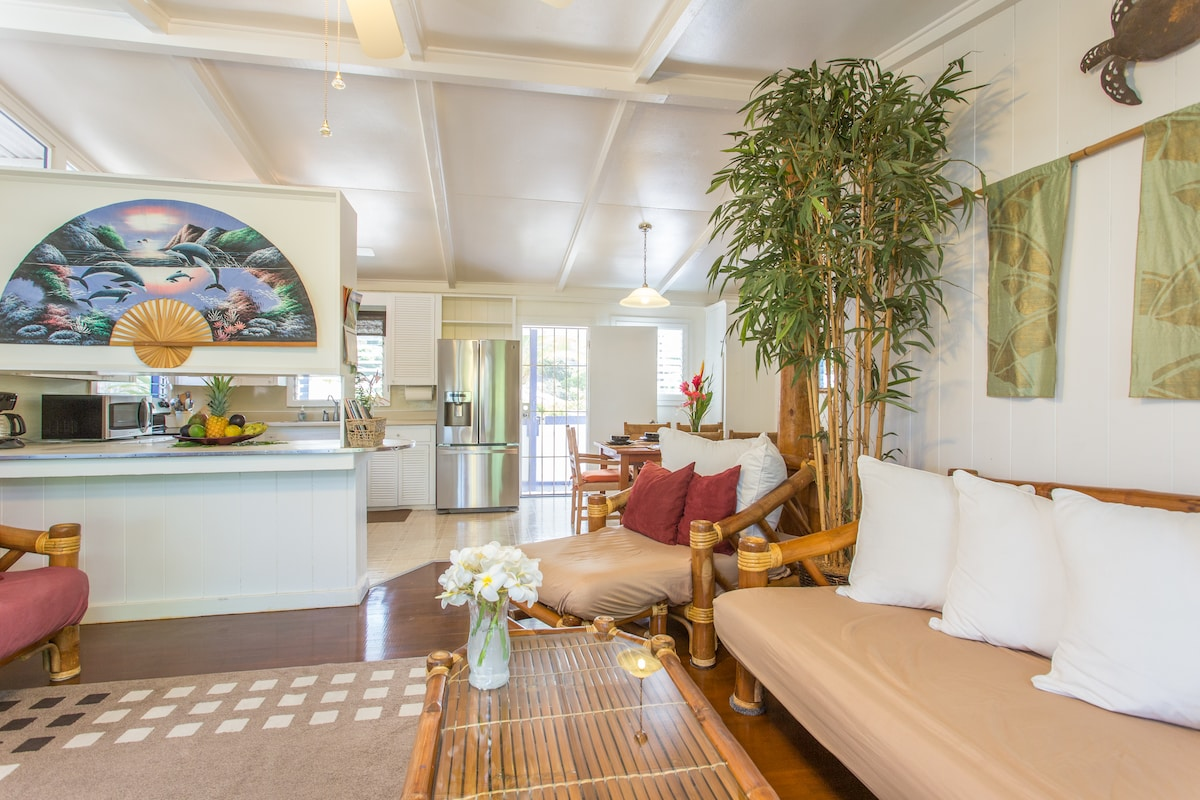 Living room, Kitchen, dining area. Open concept