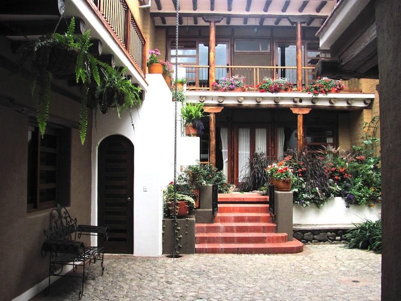 The cobblestone courtyard and garden.