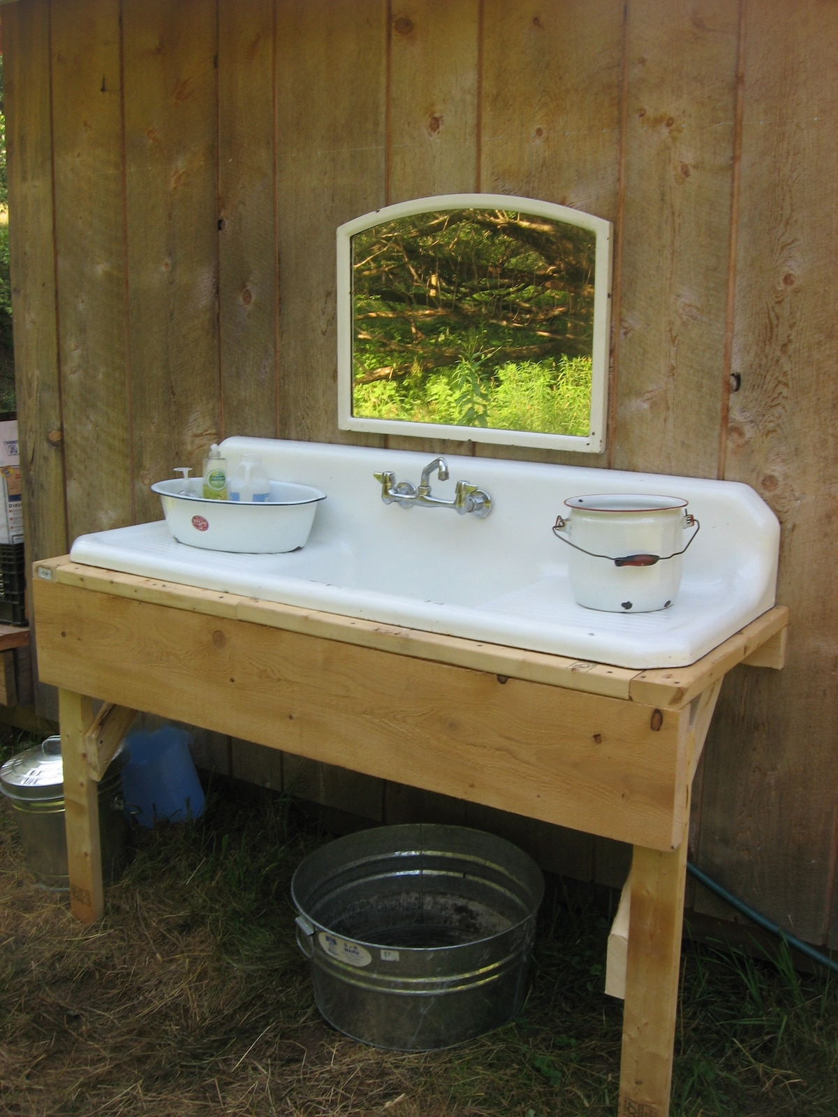 FarmHand Cabin Wash Sink