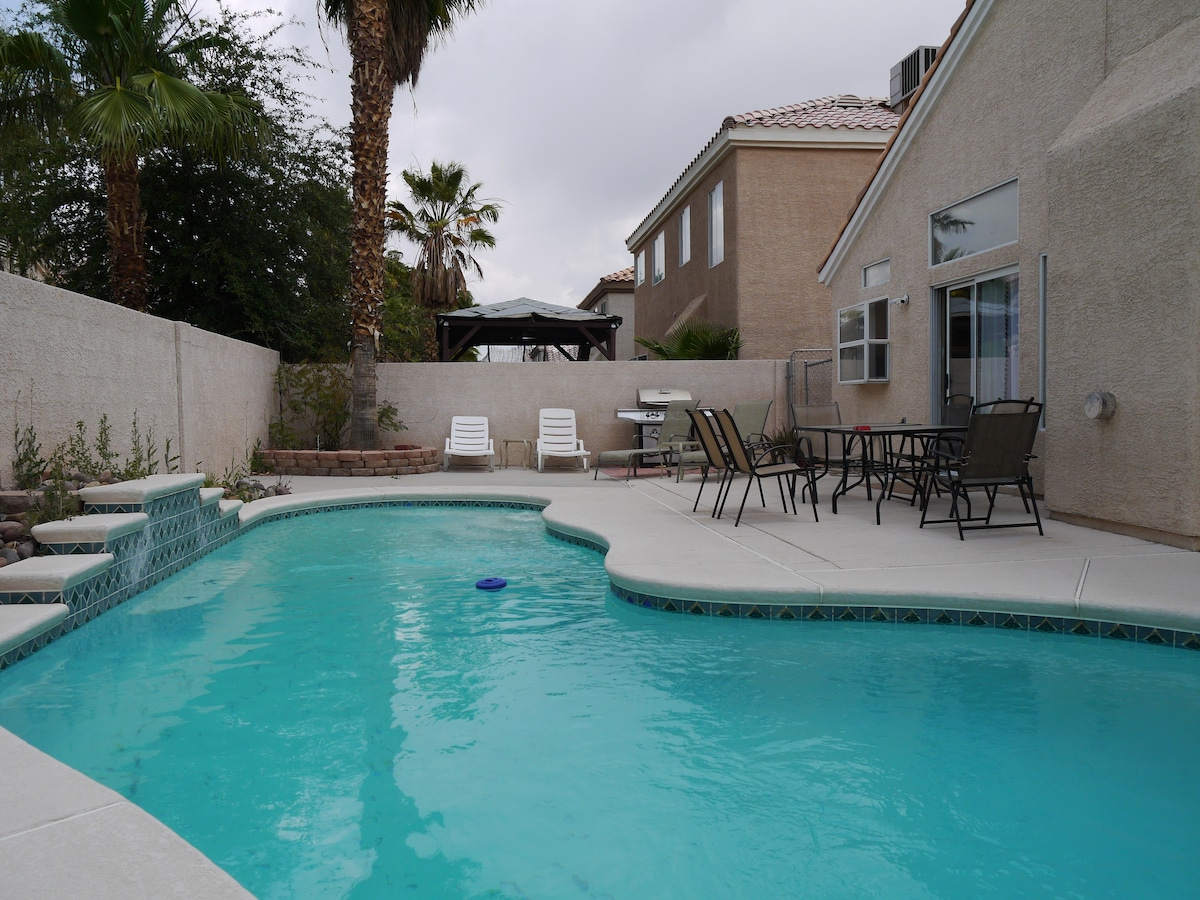 Pool Villa   Pool Table, 15 Mins To The Strip   Houses For Rent In Las  Vegas, Nevada, United States