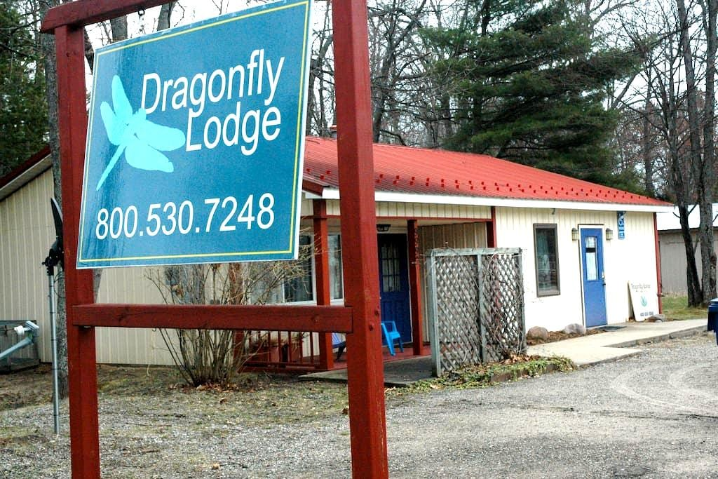 Dragonfly Lodge at Higgins Lake - North Unit - Roscommon