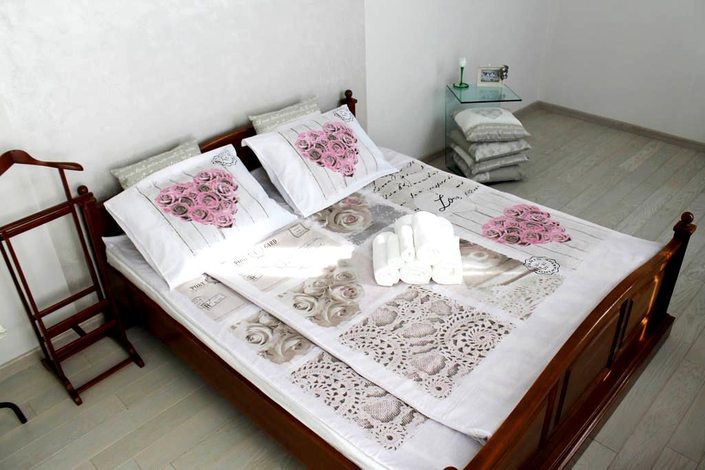 Nice flat in the heart of Lviv WiFi - Leópolis - Apartamento