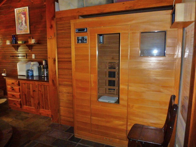 The bathroom also has a 3 person sauna near the shower for a small fee.