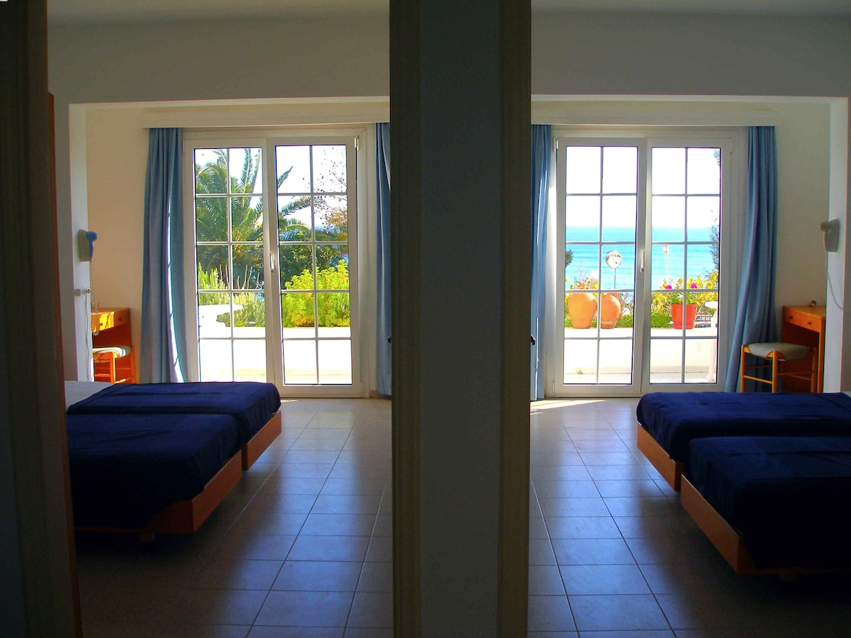Lovely apartment with sea view 7