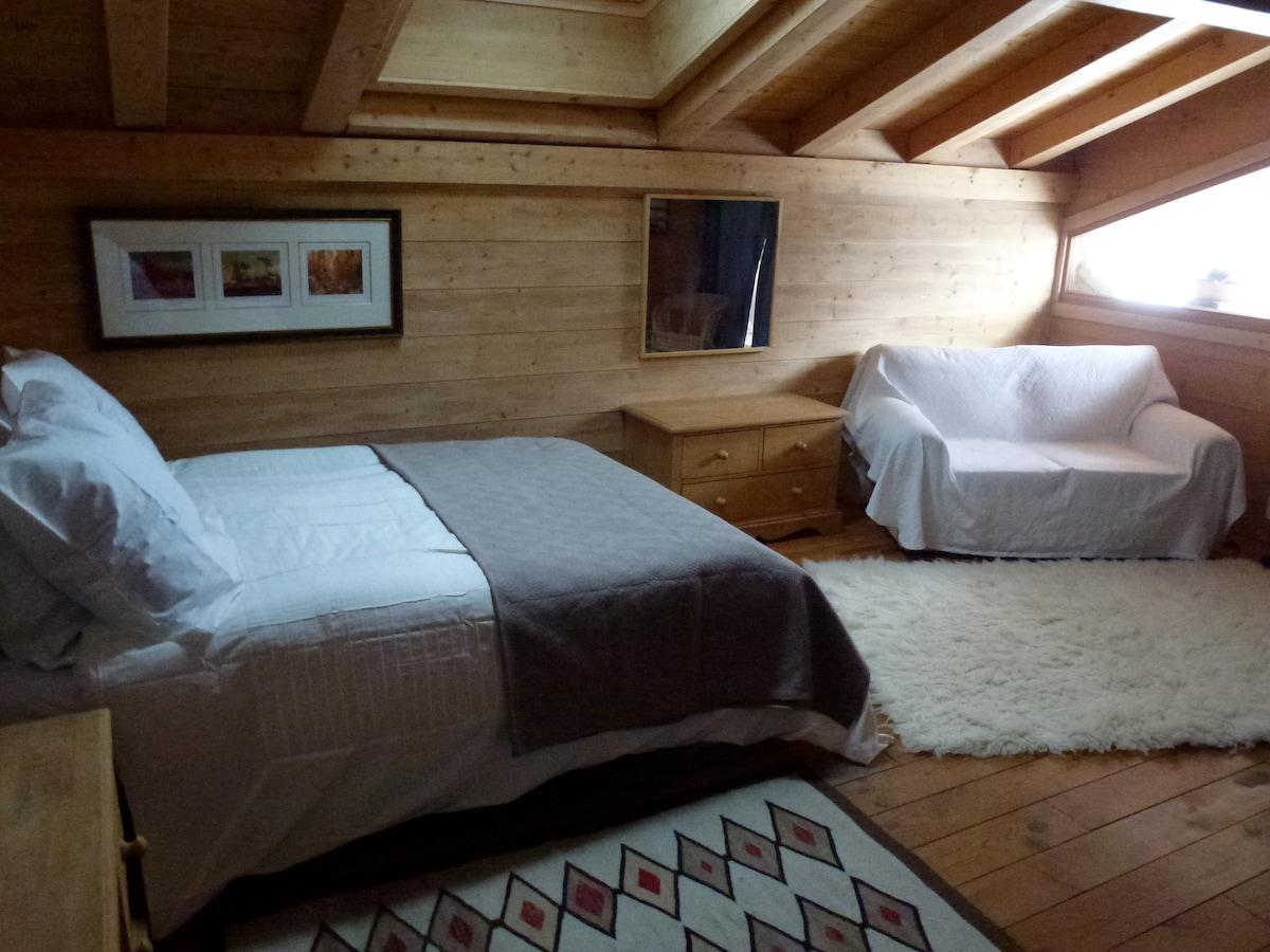 East double bedroom