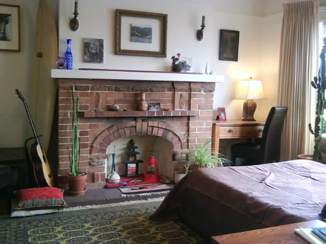 Lots of light by day and cozy and quiet at night.  Spacious 17' x 20' room available with confirmation.