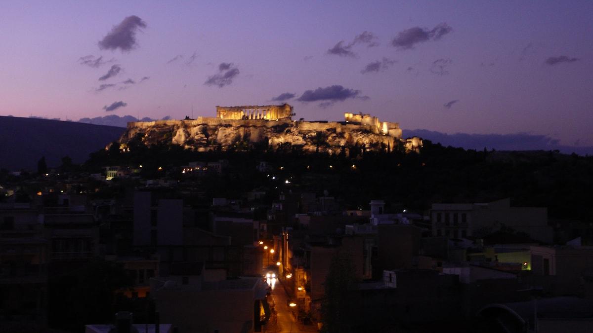 180 degrees view: acropolis-thissio