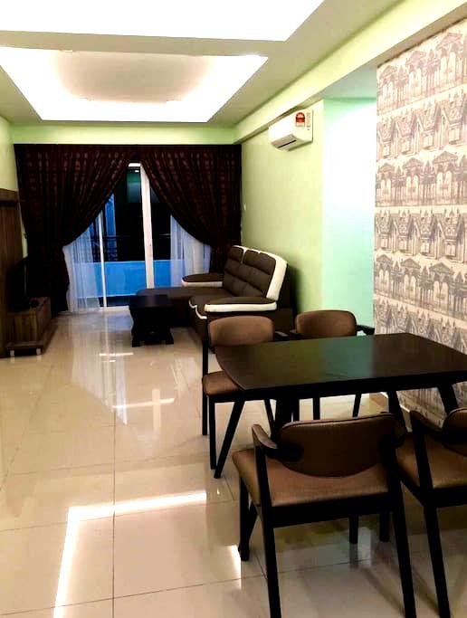 Excellent Majestic Homestay @ (6 Pax) 8th Floor - IPOH - Appartement