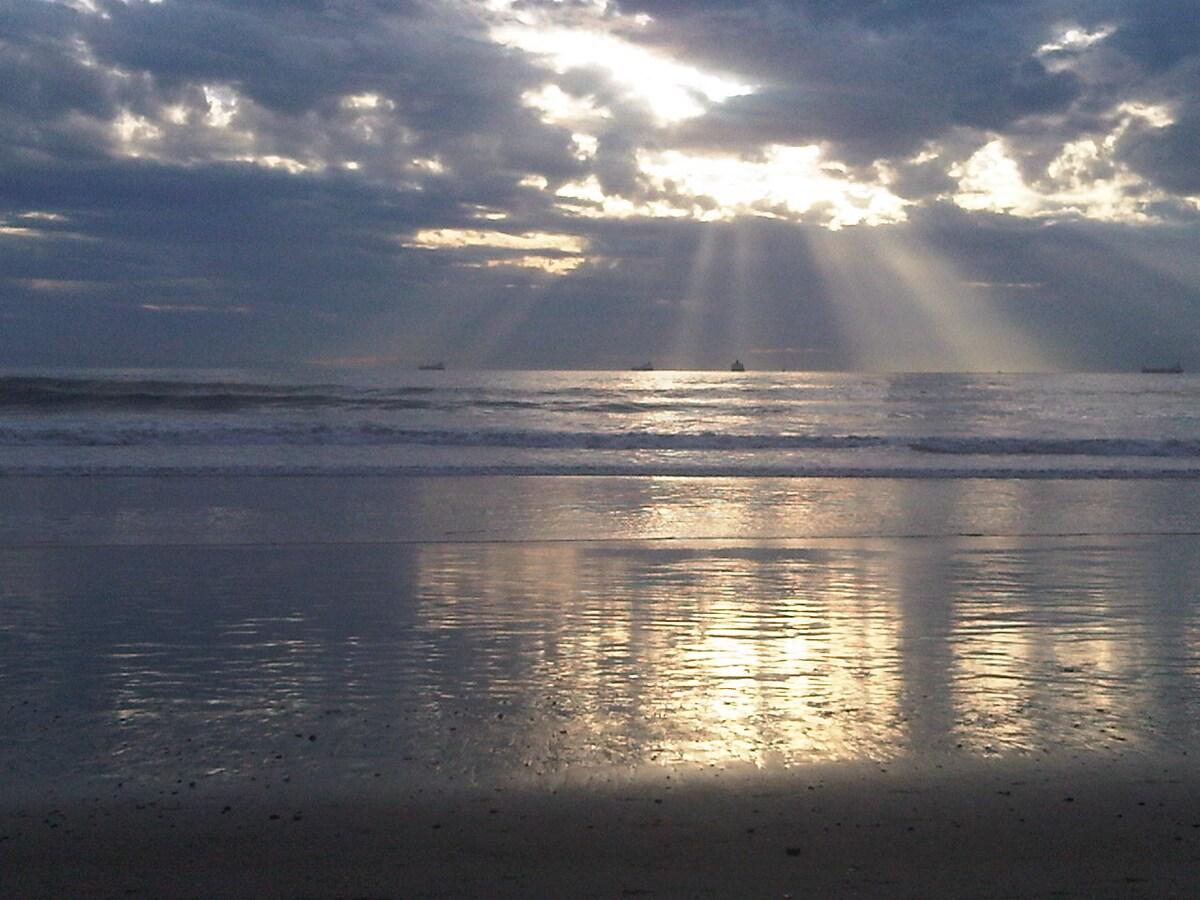 Surreal Sun Rays...