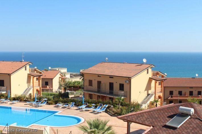 Beautiful seaview+garden apartment