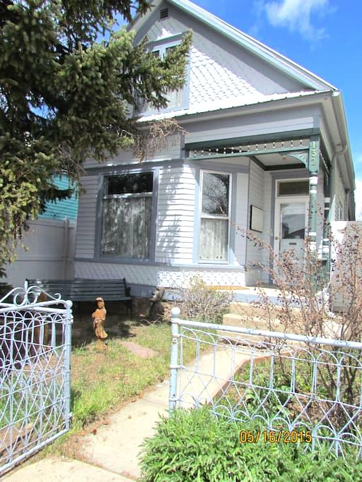 Charming Victorian, walk downtown - Leadville - Casa