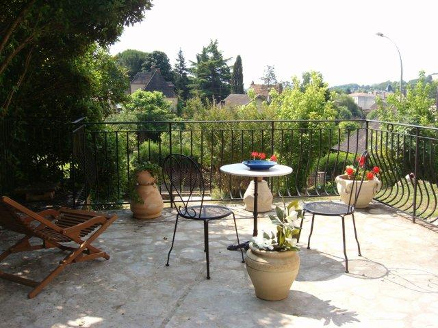Toulouse-Lautrec private Terrace with lovely views over Sarlat