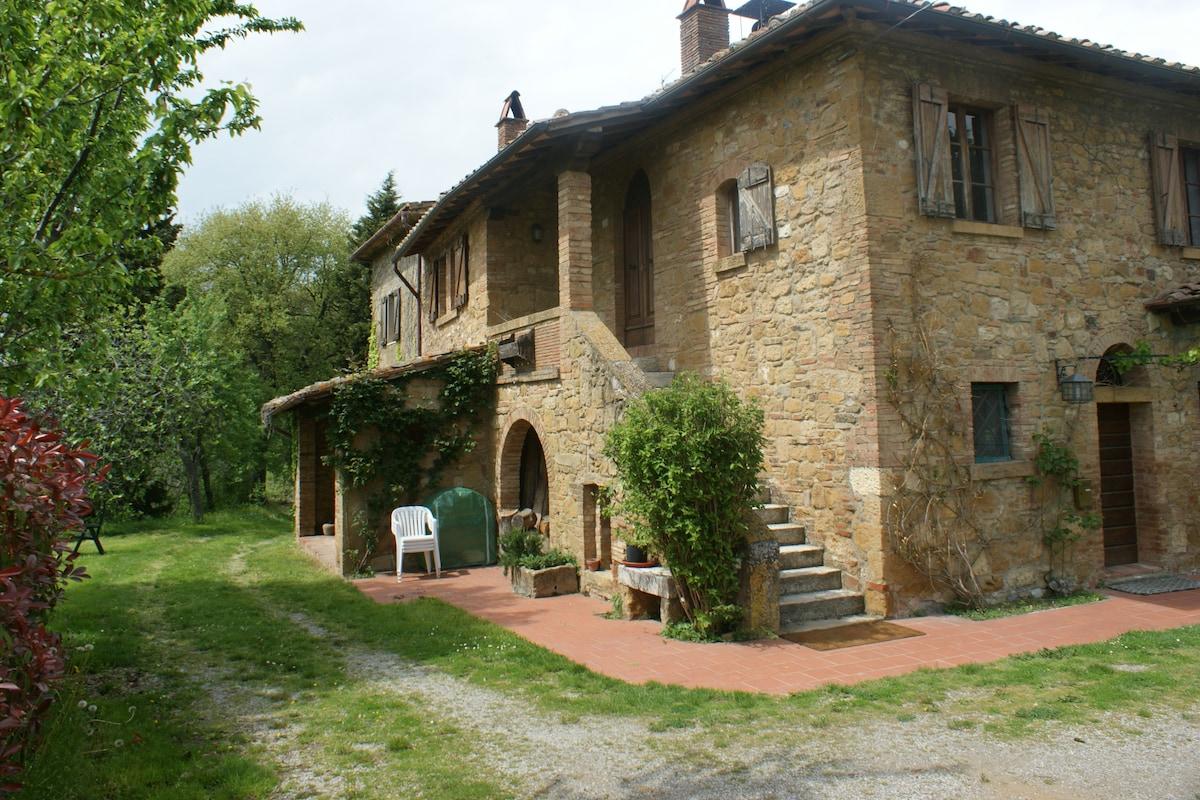 Podere Benefizio ancient farmhouse
